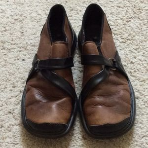 Rieker brown with black strap loafers. Size 38.